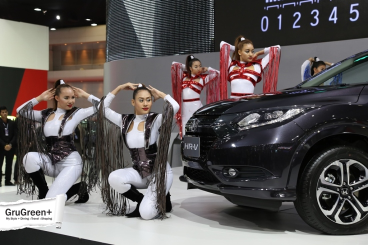 The_Bangkok_International_Motor_Show_2015_Honda_Booth (2)