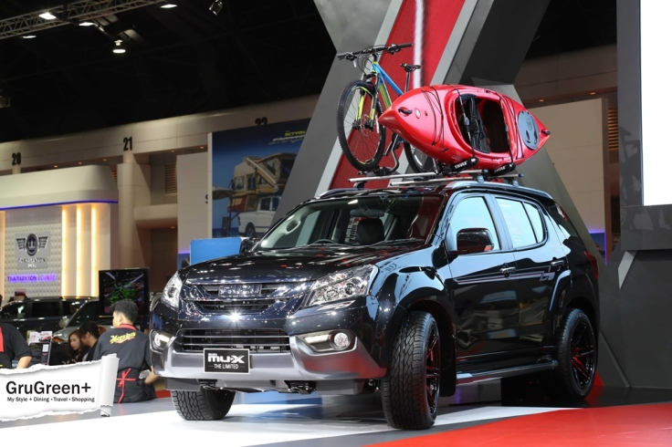 The_Bangkok_International_Motor_Show_2015_isuzu_Booth (1)