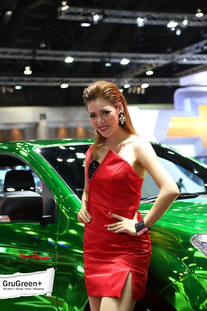 The_Bangkok_International_Motor_Show_2015_isuzu_Booth (2)