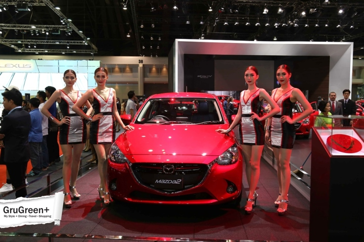 The_Bangkok_International_Motor_Show_2015_Mazda_Booth (2)