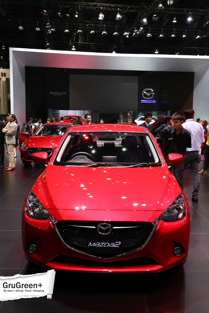 The_Bangkok_International_Motor_Show_2015_Mazda_Booth (3)