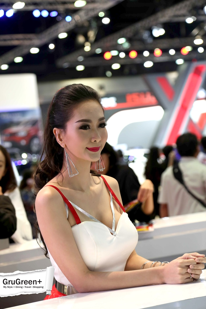 The_Bangkok_International_Motor_Show_2015_MG_Booth (1)