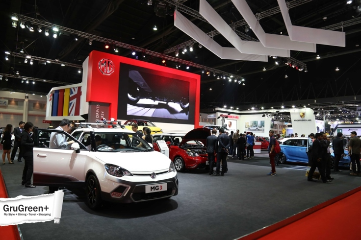 The_Bangkok_International_Motor_Show_2015_MG_Booth (2)