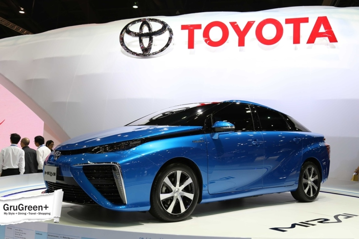 The_Bangkok_International_Motor_Show_2015_Toyota_Booth (4)